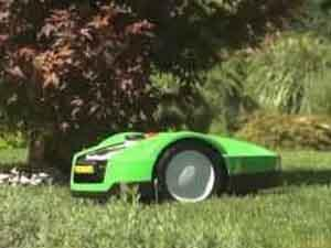 New robot lawn mower by Viking