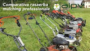 Comparative professional mulching lawnmower