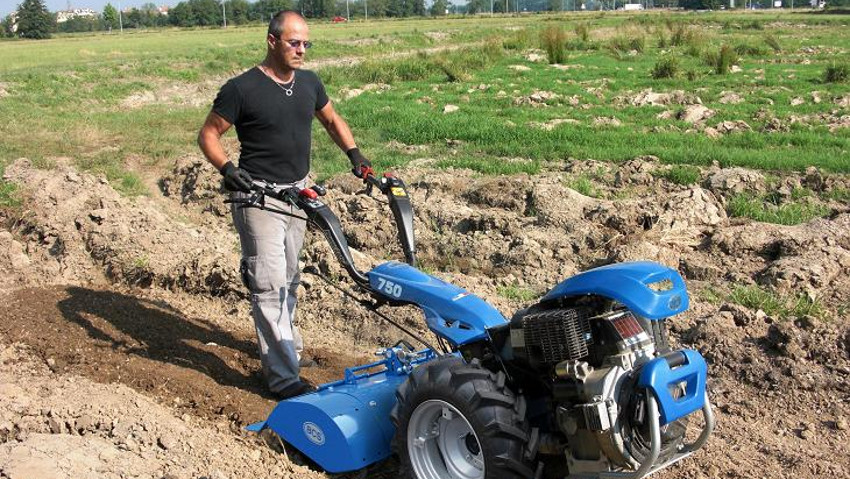 The rental of gardening machines grows