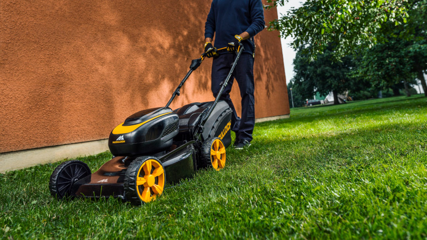 McCulloch expands the range of cordless lawn mowers