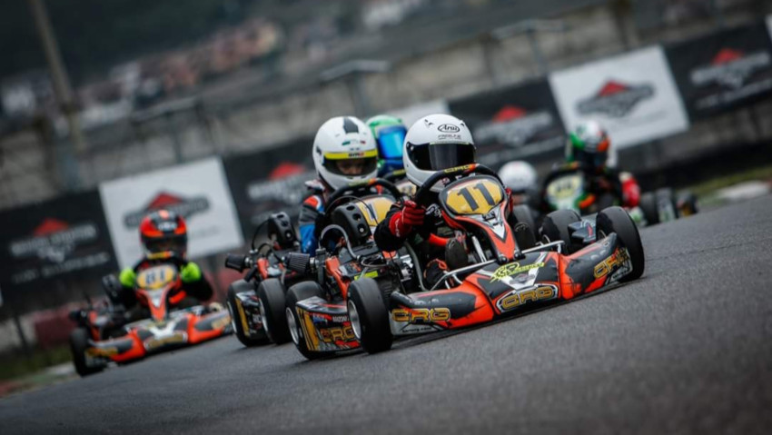 Briggs at full speed with the Kart Championship