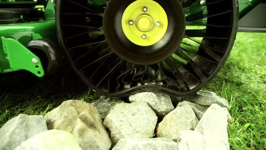 Michelin X Tweel Turf revolutionizes mowing