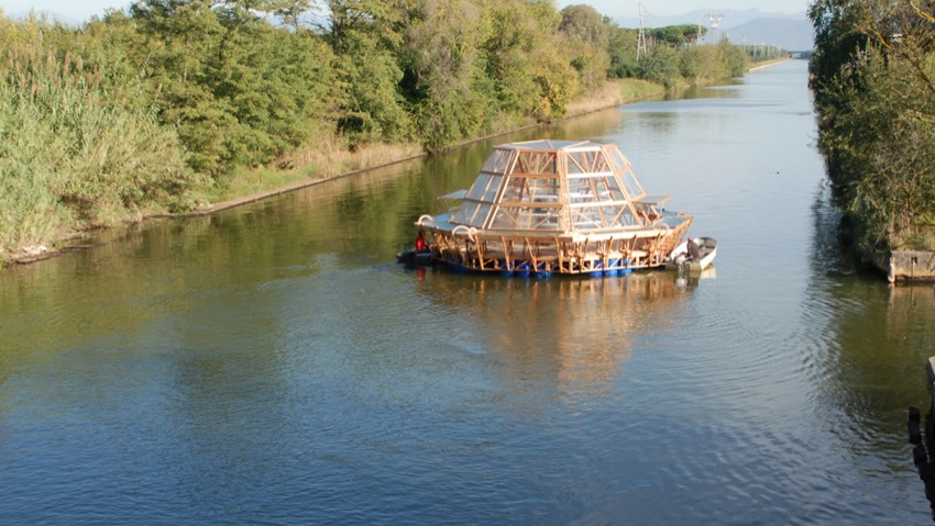 A greenhouse floating solar energy