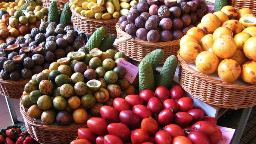 Exotic fruits made in Italy in Sicily